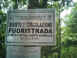 DIVIETO FUORI STRADA